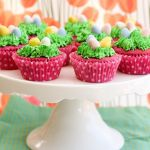 Too Cute Easter Cupcakes