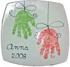 handprint pottery11