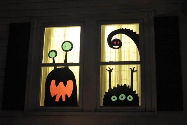 window monster2 - Halloween Window