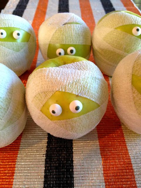 mummy apples